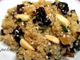 Kořeněná quinoa na sušených švestkách recept