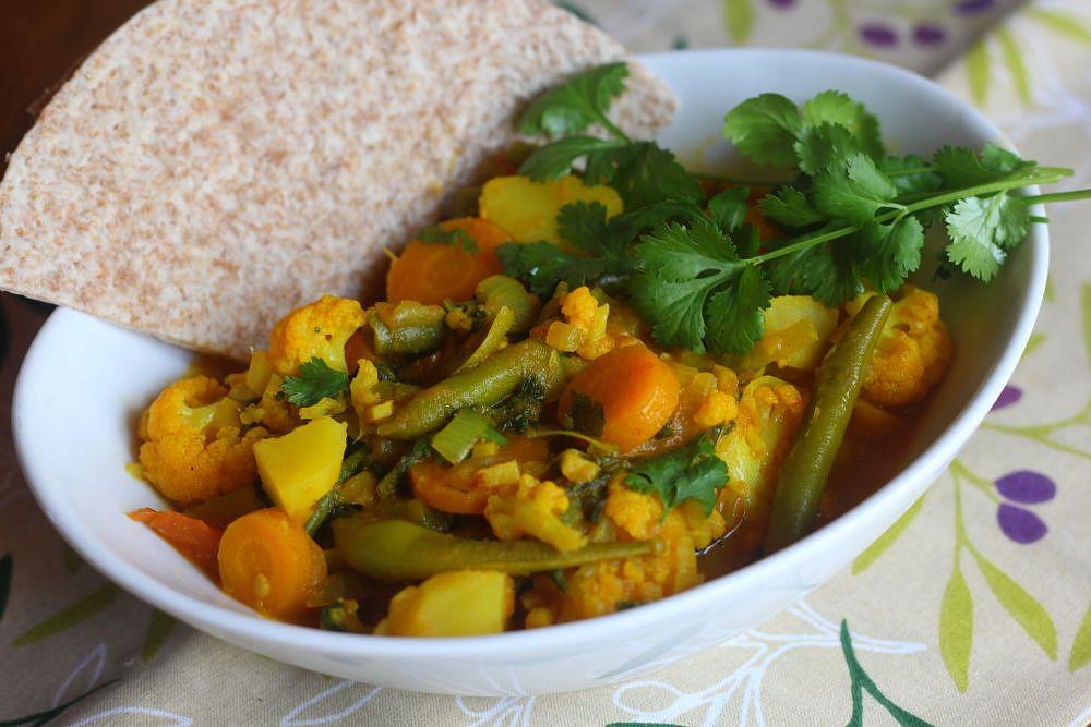 Zeleninové kari s mladými kopřivami recept