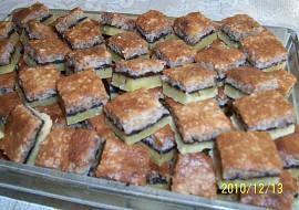 Oříškový koláč naší Pepičky  vánoční cukroví recept