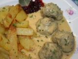 Masovo-rybí kuličky v klasické smetanové omáčce recept ...