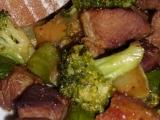 Vepřové plecko s brokolicí a cuketou recept