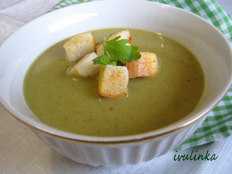 Krémová polévka z pórku a cibule recept