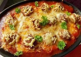 Zapečené mleté kuličky s gnocchi a sýrem recept