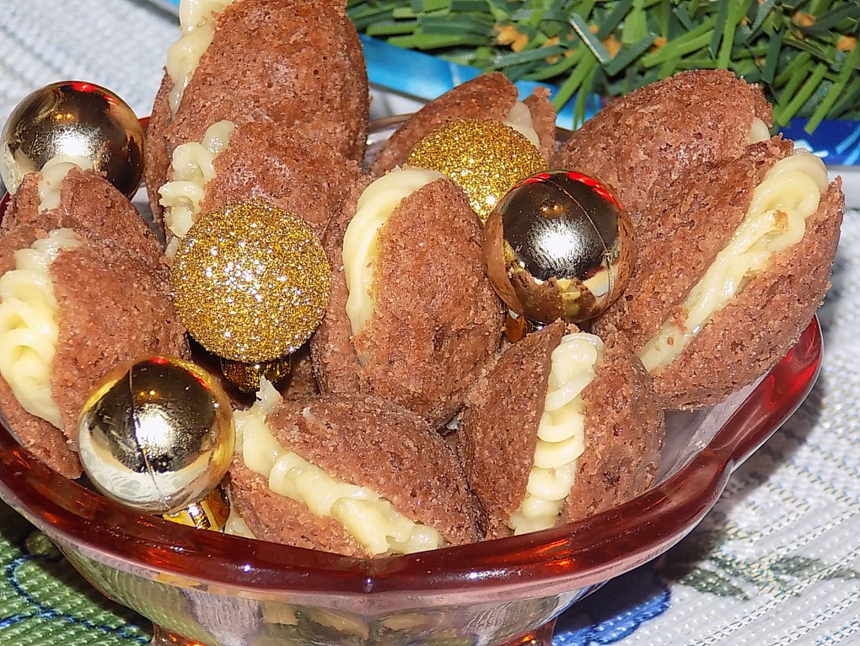Křehké ořechy s falešnou šlehačkou recept