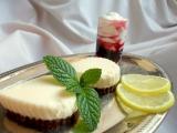 Citronový koláč s ostružinovou balsamicovou omáčkou recept ...