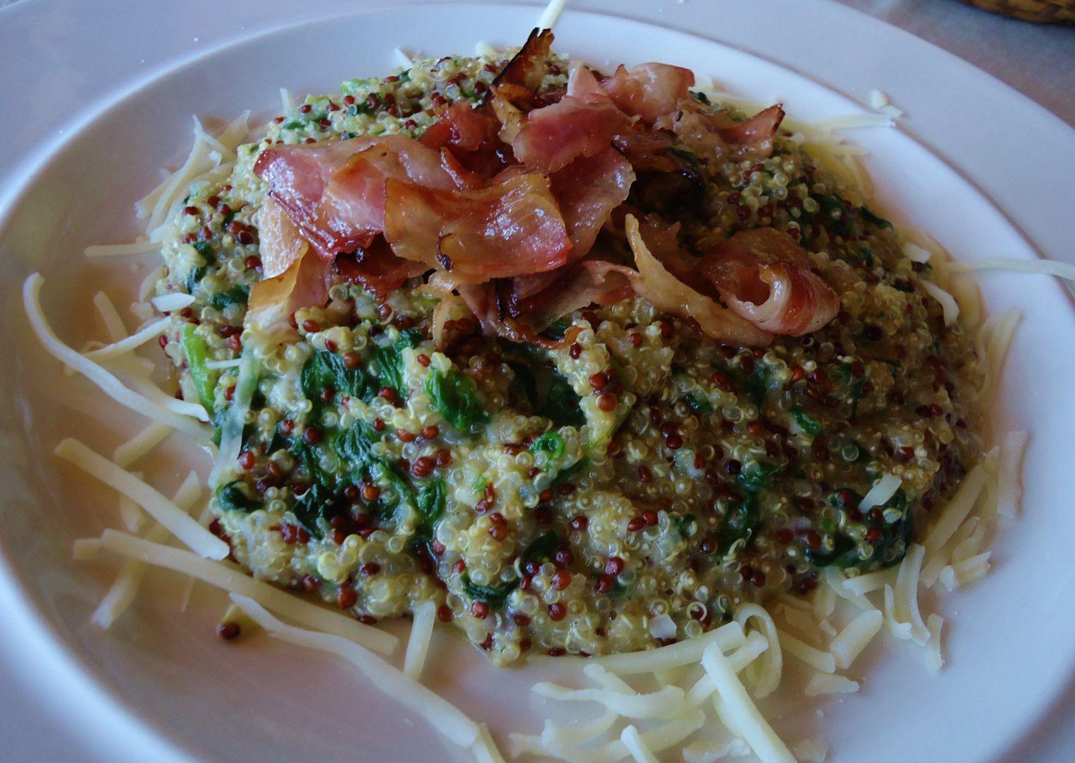Quinoa se špenátem v sýrové omáčce recept