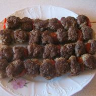 Kuličky z mletého masa na špízu recept