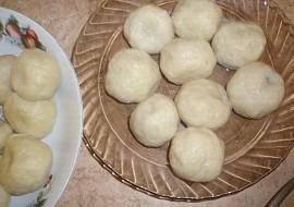 Švestkové knedlíky (z tvaroho-brambor.těsta) recept