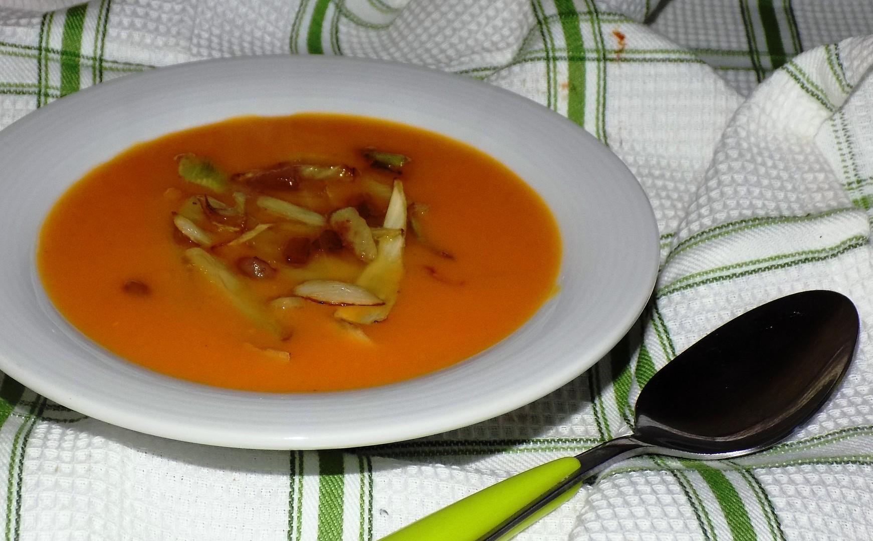Batátová polévka s fenyklem recept