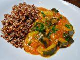 Cuketové kari s quinoou recept