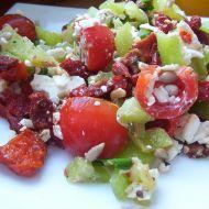Zeleninový salát se sušenými rajčaty recept