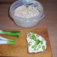Brynzová pomazánka s jarní cibulkou recept