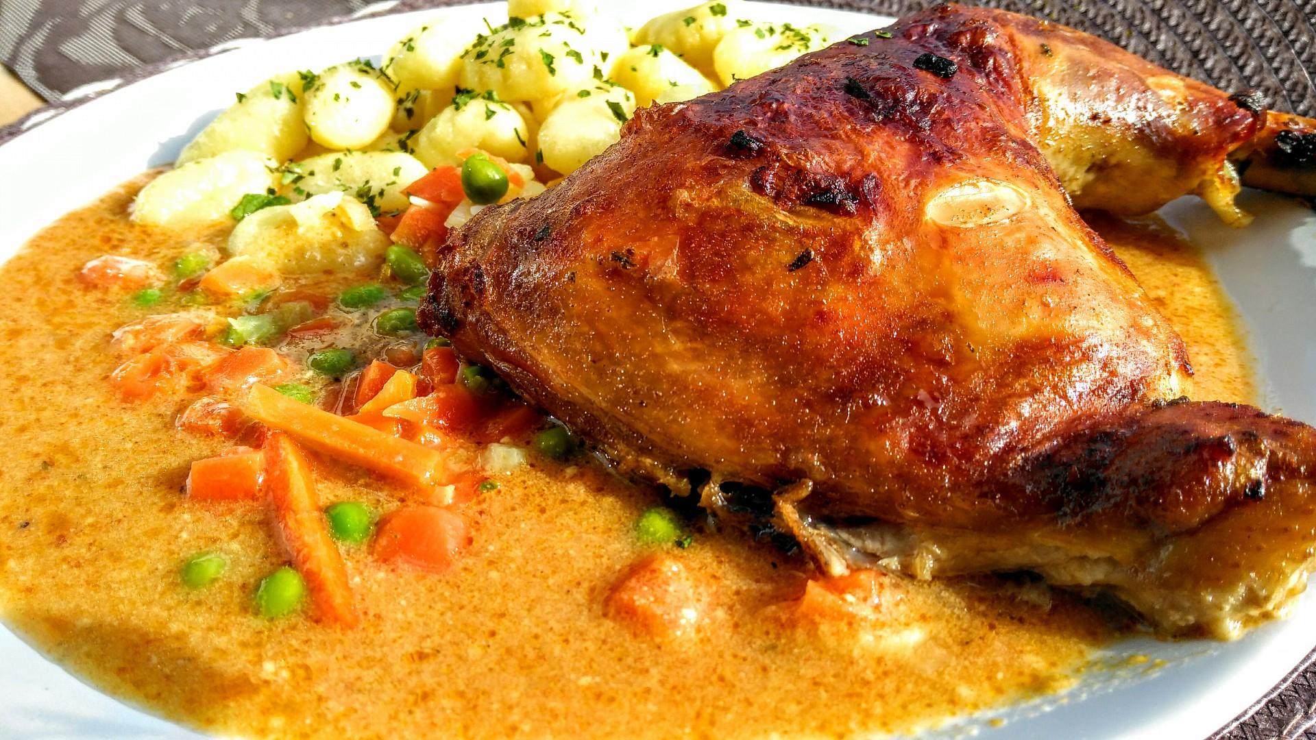 Kuřecí stehna se zeleninovou omáčkou recept