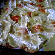 Bramborová pizza s hermelínem recept