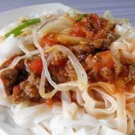 Rýžové nudle s pikantním masem recept