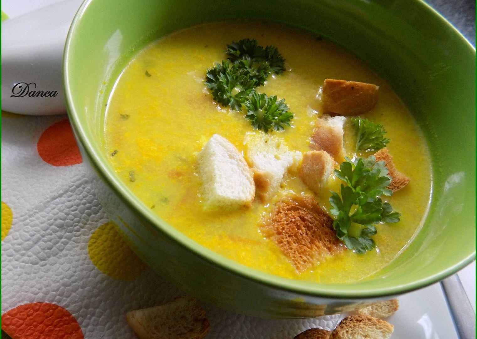 Jarní zeleninová polévka s kari recept