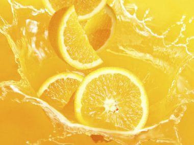 Zákusek s krémem z pomerančové džusu
