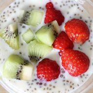 Chia jogurt s ovocem recept