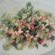 Salát z kapustiček s křupavou slaninou recept