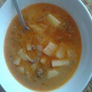 Gulášová polévka z mletého masa recept