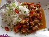 Kuřecí maso v pikantní marinádě se zeleninou recept