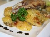 Pečená uzená makrela s cibulí a koprovými brambory recept ...