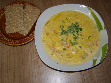 Sýrová polévka s restovanou zeleninou