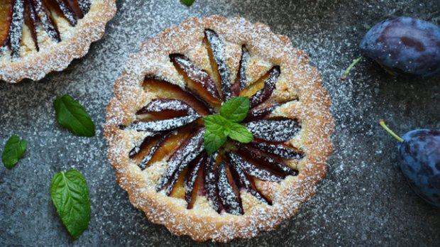 Švestkovo-mandlový koláč