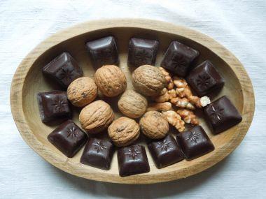 Ořechy v čokoládě