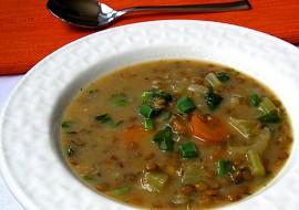 Celerovo-čočková polévka s čubricou recept