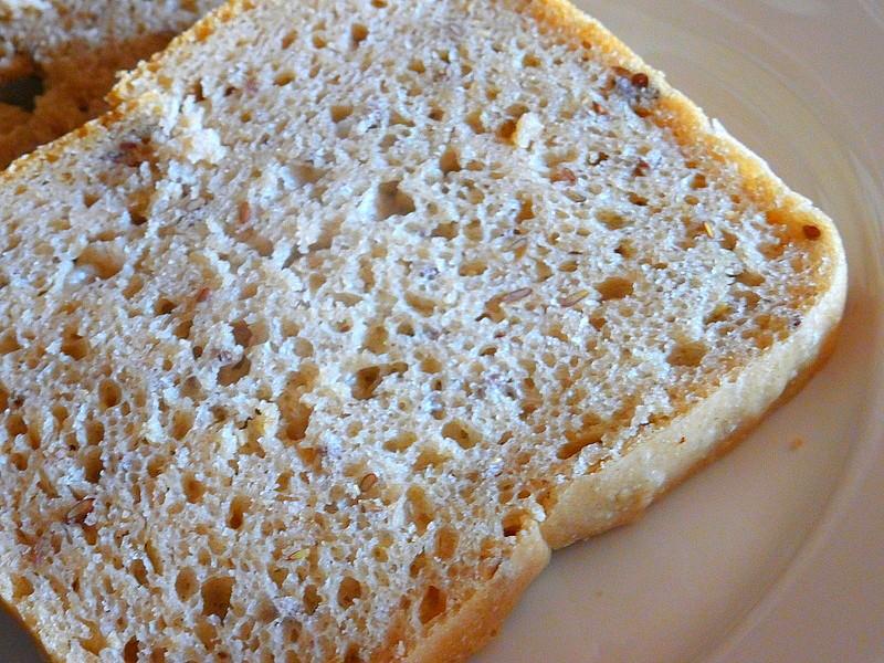 Kváskový chleba se syrovátkou a lněným semínkem recept ...