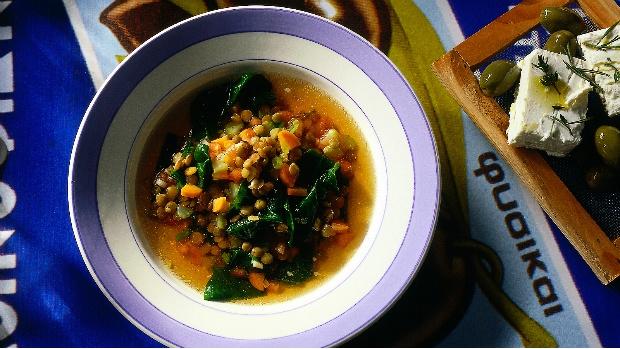 Řecká čočková polévka se špenátem