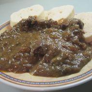 Kančí gulášek recept