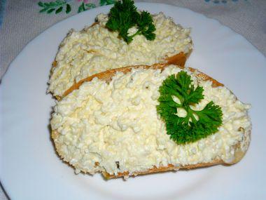Sýrová pomazánka s křenem dle babičky