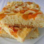 Meruňkový koláč se smetanovým krémem recept