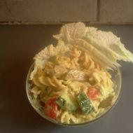 Kari těstovinový salát s kuřecím masem recept