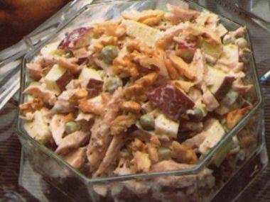 Salát z kuřecího masa  dia 6,5 S