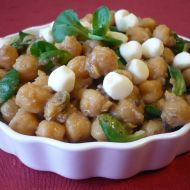 Cizrnový salát s polníčkem recept