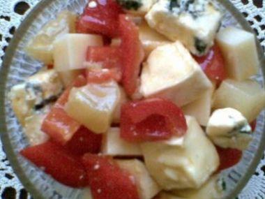Salát z eidamu a nivy