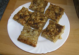 Drobenkový koláč s rebarborou recept