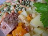 Telecí kýta se zadělávanou zeleninou recept