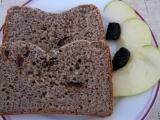 Sladký chlebík bez lepku, mléka a vajec aneb Jak pejsek s kočičkou ...