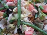 Salát s tuňákem a hořčicovou zálivkou recept