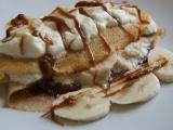Slaná karamelová omáčka... s palačinkami a banánem recept ...