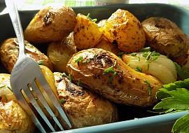 Voňavé brambory na sádle ze sáčku recept