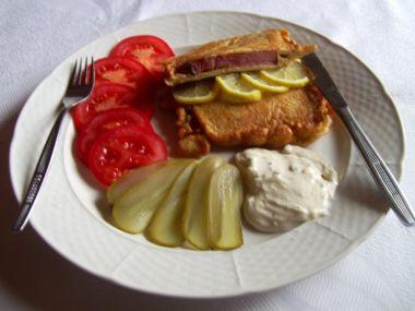 Uzená krkovice v bramborovém těstíčku