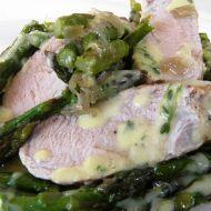 Zelený chřest s vepřovou panenkou recept