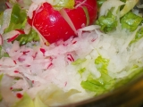 Zdravý a čistící salát z černé ředkve recept