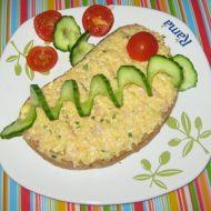 Tvarůžková pomazánka s vejci a šunkou recept