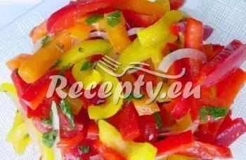 Letní paprikový salát recept  saláty